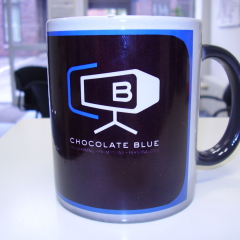 Chocolate Blue - Becherdruck